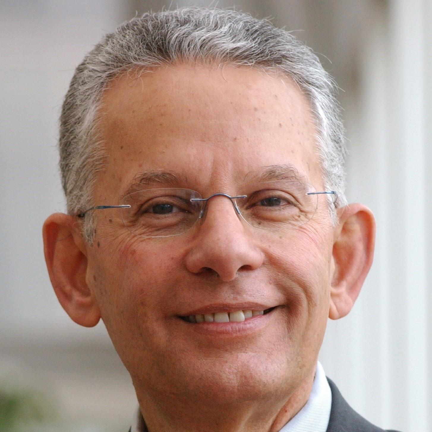 Dr. Rafik Loutfy
